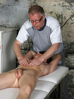 Young gay boy lets a horny guy cum all over his head while massaging him