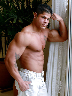 Hunk of a man Bo Armstrong simply adores flexing his giant muscles in underwear