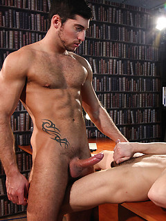 Leo Domenico is a truly handsome guy, as sexy and hung as Chase Reynolds is cute and horny