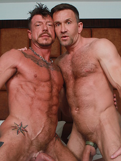 Inked daddy with amazing abs gets his asshole tongued and fucked bareback