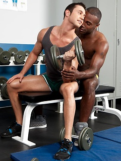 Muscular black dude Christopher Ashlee nails his cracker boyfriend Josh's butt