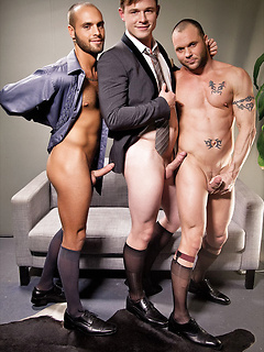 Jed Athens, Drew Sumrock and Nova Rubio nail their tight anuses in a threesome