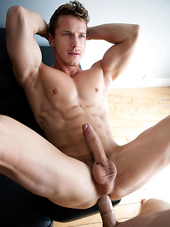 Darius Ferdynand gets to blow a cock before riding a friend's thick dick