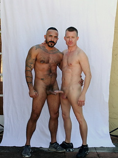 Gorgeous bear Alessio Romero and his smooth friend have bareback sex outdoors