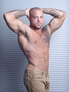 Solo muscle stud Sean Duran is in perfect shape and his bald head looks extra sexy