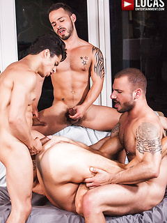 Rafael Lords and his horny friends take turns at pleasing each other's cocks
