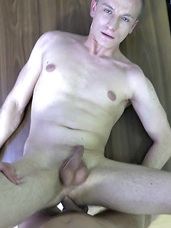 Kinky gay dude lets a horny stranger fuck his tight butt until he cums
